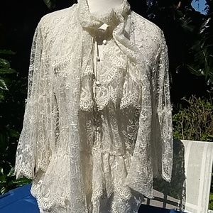 Renaissance boho shirt size small and brands